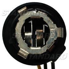 Combination Lamp Socket-Tail Light Socket Standard S-65