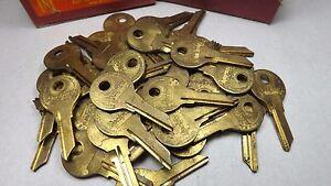 44 NOS National Lock OEM Key Blanks 68-637-1 Cabinets Vending Machines Locksmith