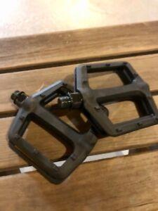 "NEW VP Black Nylon 9/16"" Platform Flat Bike Pedals VP-536 Plastic BMX MTB"