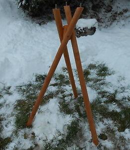 Exclusiver Dreibeinständer Vogelhausständer für Vogelhäuser Standfuß Massivholz