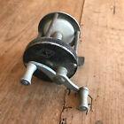 ancien matériel de pêche N10 moulinet CM