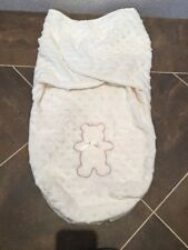 KYLE & DEENA CREAM TEDDY BEAR BOBBLY SNUGGLE SAC BABY SOFT FLEECE NEST 0-6 MTHS