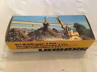 Conrad #2832 Liebherr A932 Hydraulic Excavator - Scale 1:50 - Die Cast Boxed!!
