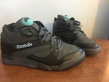 Reebok Court Victory Pump Size 9 Black Blue
