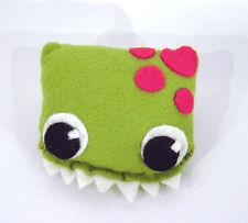 Monster Drache Darma grün Anstecker Brosche Geschenk Deko Handarbeit