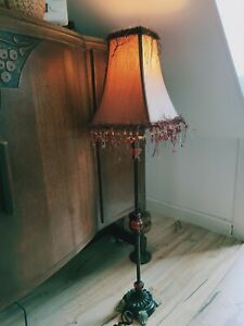 """🌟Vintage style faux wallnut base electric lamp with shade crystal beads 34""""🌟"""