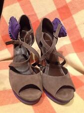 """Carvela Strappy Suede Party Shoes With Purple Rosette 5"""" Heel Size 40 AO0//000"""
