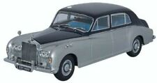 Rouleaux Royce Phantom V James Young 1/43 Oxford (marine Argent)