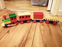 VINTAGE LEGO DUPLO TRAIN ENGINE CARRIAGE TRUCKS LOVELY CONDITION SET 2