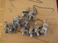 "Lot of 10 Vintage Lead Soldier Figurines 1 1/2"" LOOK"
