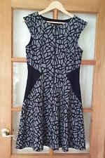 CUE IN THE CITY Black Contrast Abstract Jacquard Zip Front Dress Size 12