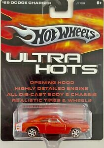 HOTWHEELS  ULTRA HOTS 69 DODGE CHARGER Real Riders