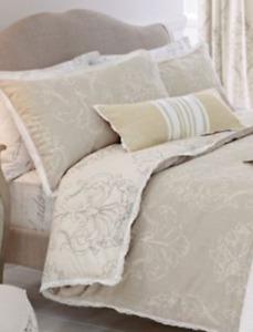 Next Vintage Style Natural/Ivory Damask Print Lace Edged Double Duvet Set