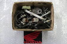 Honda XL 125 V Varadero JC32A Set de vis Visser Pièces caisse Différentes #R7350