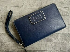 MARC BY MARC JACOBS LEATHER PURSE WRISTLET BNWT