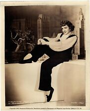 Great photo CLAUDETTE COLBERT  ,w56
