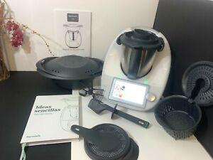 Vorwerk Thermomix TM6 with accessories