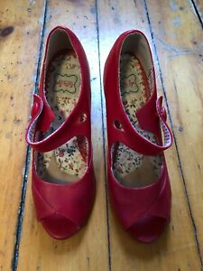 Bettie Page Women's Pump, Red Size 9