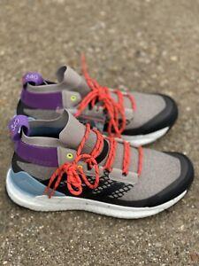 Adidas Outdoor Terrex Free Hiker Size 9.5 Women's Light Brown/ash Grey Hiking