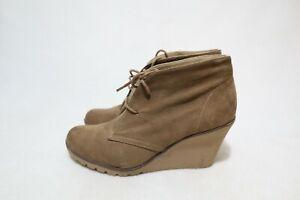 dotti Size 9 Womens Retro Lace Up Non-Slip/Slip Resistant Wedge Platform Boot