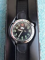 Montre Homme Militaire Russe char 1980 quartz Eaglemoss Collections Russian tank
