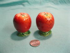Vintage Footed Braeburn Apple Maruhon Ware Salt and Pepper Shakers         25