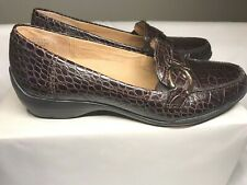 CIRCA JOAN & DAVID Women's CJ Finley Croc Emboss Brown Leather  Size 7.5 M