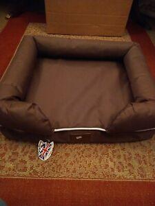 Bunty Dog Pet Washable Soft Foam Waterproof Mattress Basket Bed Sofa Pad Mat