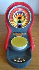 TIGER ELECTRONICS 2003 BULLS-EYE BALL SKEET GAME HASBRO 5 BALLS GOOD CON. (BIN4)