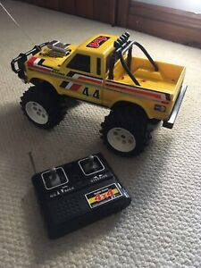 Radio Shack tandy 4x4 off roader Radio controlled With Box