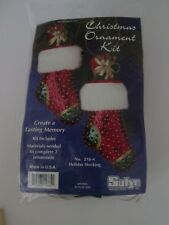 Sulyn SEQUIN CHRISTMAS ORNAMENT KIT Makes 2 STOCKINGS Beads SEQUINED New TWO