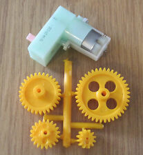 Right Angled Motor and Gearbox 1:220 3 VOLT - 12 VOLT + PLASTIC GEAR SET