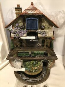 Memories Of Steam Flying Scotsman Cuckoo Train Clock by Bradford ExchangeNEW!!!