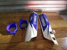 YZ 125 YAMAHA @ 2002 YZ 125 2002 FORK GUARDS AND MOUNTS