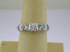 LADIES PLATINUM PAST PRESENT FUTURE 3-STONE DIAMOND ENGAGEMENT RING!