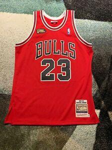 Authentic Michael Jordan Mitchell Ness 1997-98 Finals Chicago Bulls Jersey (L)