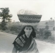 PORTUGAL c. 1938 - Femme Porteuse Panier - Div 11608