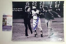 Hank Aaron Braves 715 Home Run King Signed Autographed 11x14 Photo JSA COA
