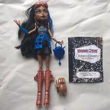 Muñeca Monster High Rebeca Steam ist Onda-entre clases-bolso del animal doméstico diario Raro