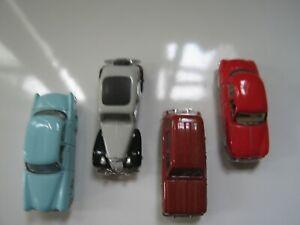 Lot de 4 mini-cars d'Universal Hobbies + 2 au 1/160 : 6 voitures françaises/TBE