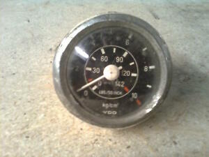 Mercedes Benz LKW Öldruckanzeige VDO kg/cm³