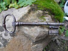 Ancienne grande clef clé en fer acier forgé belle forme Antique Iron key 18e