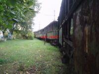 PHOTO  ROMANIA GHIOROC TRAM  DERELICT CARS V8
