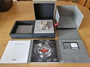 Oris Artix Moon Date 42 Steel Mens Bracelet Automatic Watch 761 7691 4051MB