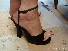 Trapunta Vintage 70 S Scarpe con plateau da Saxone. satin aspetto e mai indossato in finta pelle scamosciata misura 6.