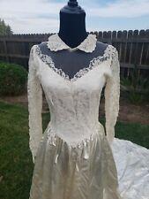 Vintage 1940s Wedding dress Peter Pan Collar Illusion neckline Train pin up s