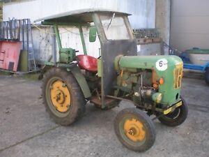 alter Oldtimer Traktor - Holder B 10 / D - Standort bei Berlin