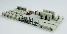 Offener Lagerplatz, mit ca. 150 Fertigbetonteile, Bausatz Spur Z ,1:220