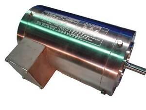 TOSHIBA 1/2 HP 1800 RPM WASHDOWN MOTOR 1/24FNWA34H