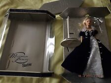 SPECIAL MILLENNIUM EDITION PRINCESS BARBIE NEW YEAR 2000 IN BOX WITH DOLL STAND